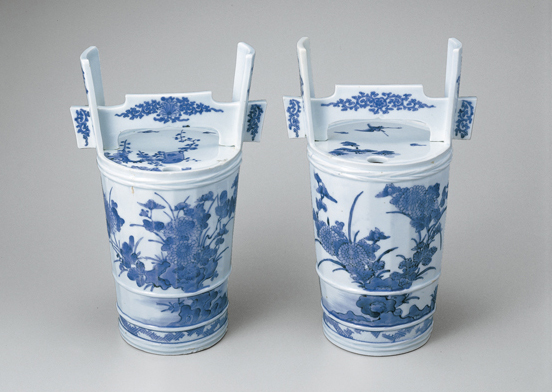 Sometsuke — The Flowering World of Blue and White Ceramics